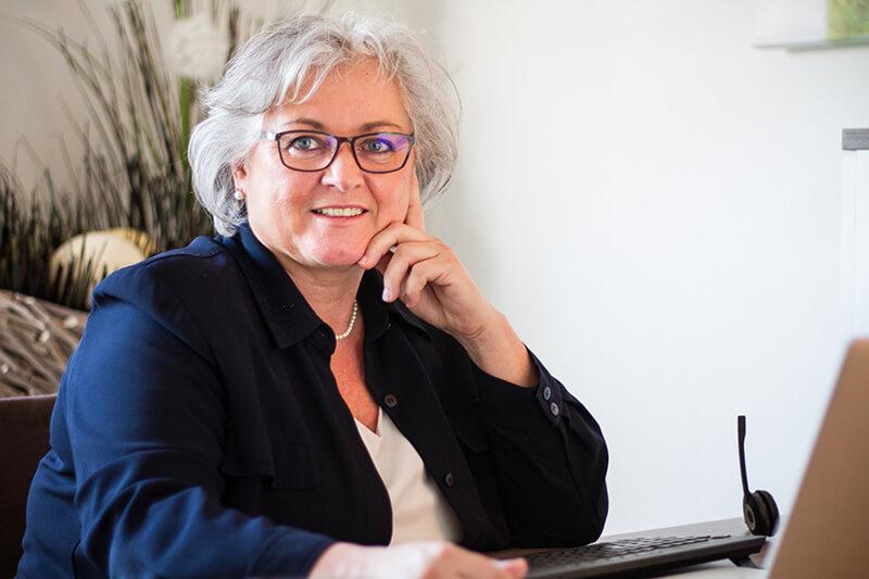 Yvonne Kasperek